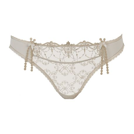 Empreinte - Irena Thong  Chantilly